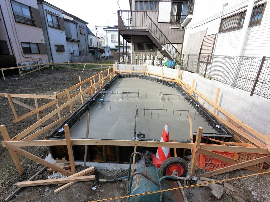 ~ベースコンクリート打設完了~ 平成28年10月25日(火) 晴れ